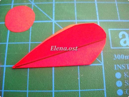 При копировании статьи, целиком или частично, пожалуйста, указывайте активную ссылку на источник! http://stranamasterov.ru/user/9321 http://stranamasterov.ru/node/152999 Открытка-сумочка в технике оригами -- очень удобный вариант поздравления. В сумочку можно положить небольшой сувенир и сладкий подарок. Открытку можно украсить различными декоративными элементами. фото 24