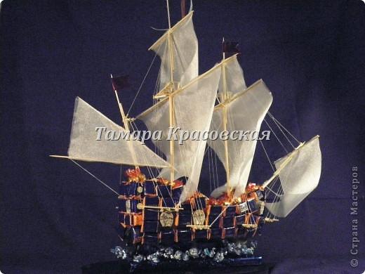 """Корабль создане из более килограмма и бутылки коньяка """"Тиса"""" фото 1"""