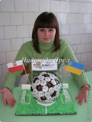 """Мы с моей ученицей Аленой (умницей, красавицей) делали конкурсную работу на тему """"Сувенир к Евро 2012"""" Надеюсь Вам пригодится.  фото 1"""
