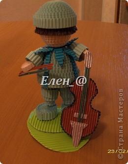 """в планах сделать ансамбль """"Радужный"""". Перед вами голубой и синий музыканты. Зеленый скрипач в процессе изготовления, и певцы- девочки красного, оранжевого, желтого, фиолетового цветов... фото 2"""