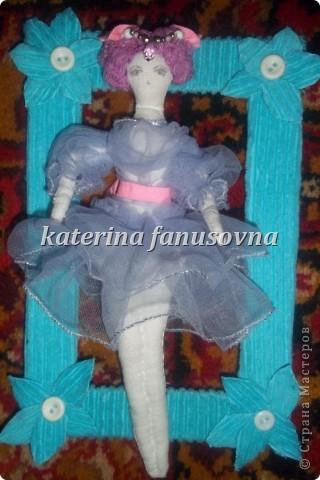 кукла в рамочке фото 1