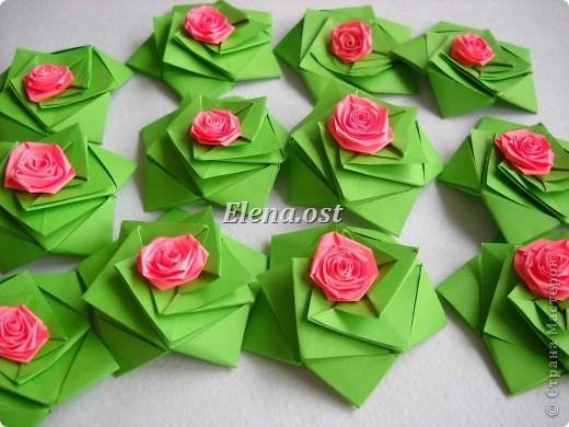 Кусудама Enrica. 60 модулей. Собираем 12 цветов-звездочек на клей по пять модулей. При квадрате 5Х5 см размер кусудамы 8 см, при 7Х7 см - 12 см. Бумагу лучше брать офисную для принтера или специальную для оригами. При копировании статьи, целиком или частично, пожалуйста, указывайте активную ссылку на источник! http://stranamasterov.ru/node/157778 http://stranamasterov.ru/user/9321  фото 27