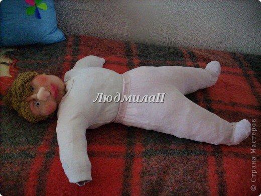 Как сшить быстро куколку?Я сшила ползунки и кофточку вместе. фото 3