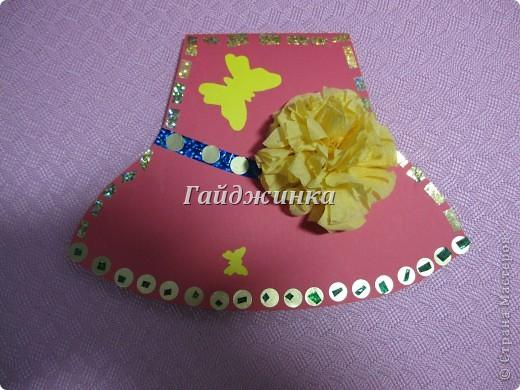 Сегодня поздравляли мам с праздником в младшей группе (1,5 - 3 года). Большое спасибо Татьяне Просняковой за МК замечательных открыток-шляп. http://stranamasterov.ru/node/8052 фото 4