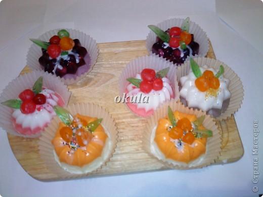 Мыльные пироженные, самое моё любимое произведение из мыла))) очень люблю их делать)))) фото 9