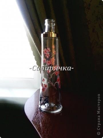 Доброго времени суток, Мастера и Мастерицы! Предлагаю Вам свой мастер-класс по росписи стеклянной бутылки. Роспись в японском стиле. Прошу прощения за качество фотографий, все они сделаны на телефон. фото 1