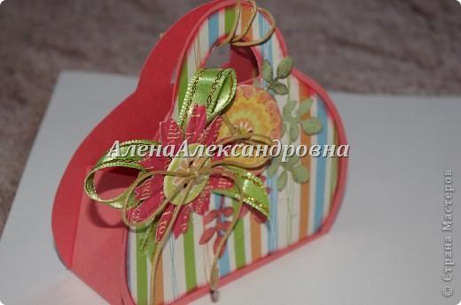 Внутрь можно положить маленький подарок или тег с пожеланиями фото 2