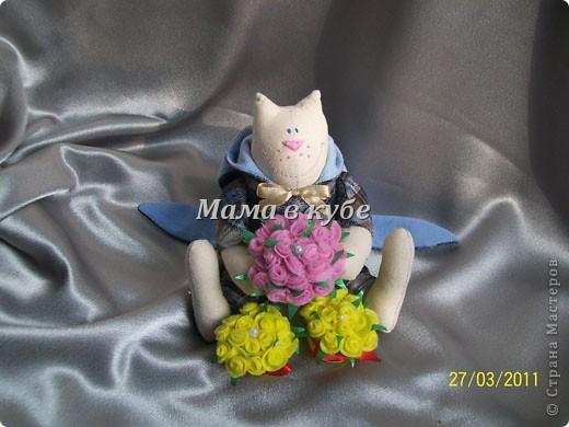 К нам уже пришла весна! И народился вот такой МУРчливый кавалер) Каждый день радует охапкой свежих роз! фото 8