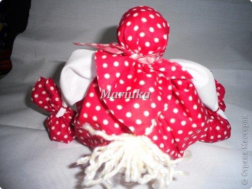 Это моя первая кукла-закрутка.Спасибо Галюше за подробный МК.Источник: http://stranamasterov.ru/node/83725 фото 3