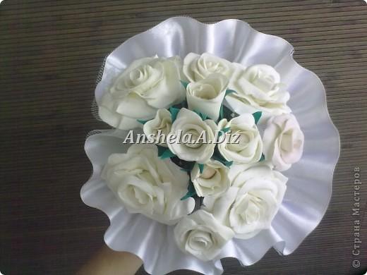 Собрание белых простых  роз , с цветом пока не решилась *( фото 2