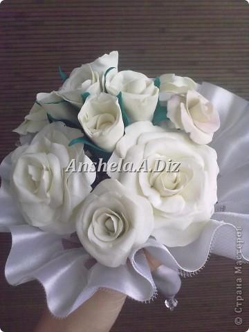 Собрание белых простых  роз , с цветом пока не решилась *( фото 1