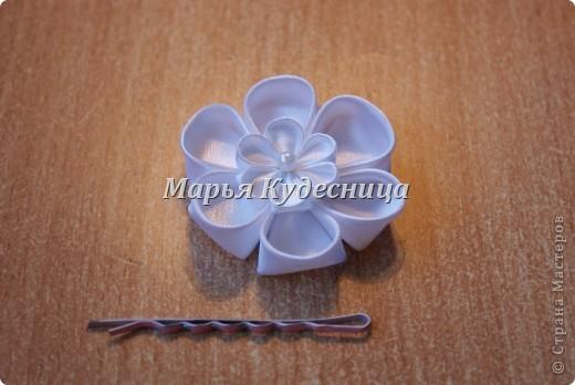 Цветочки в прически на заколки и шпильки. фото 2