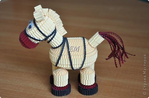 Не смогла пройти мимо лошадки Светланы http://stranamasterov.ru/node/171598?c=favorite - спасибо Вам ещё раз огромное!  В высоту лошадка получилась 14 см. фото 2