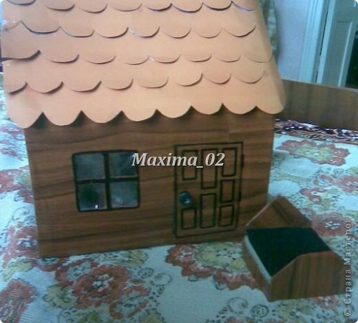 вот такой домик построили с помощником) фото 3