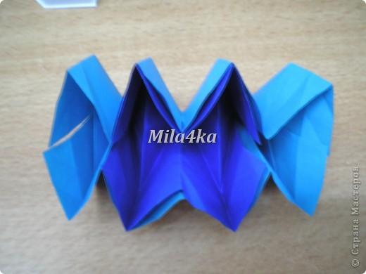 Что-то я вдруг игрушками-трансформерами увлеклась.. Вот еще одну сделала. Из одной лишь бумаги и даже без клея..  фото 20