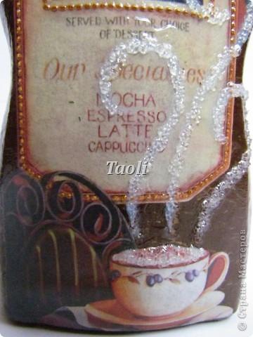 Здравствуйте, дорогие мастерицы! Хочу представить на ваш суд новую порцию моих кофейных (и не только))) баночек. Вот эти две подружки поселились на моей кухне. В одной из них храню кофе, а в другой любимый зеленый чай. Эти баночки делала целенаправленно для себя и постаралась выдержать в одном стиле. фото 3