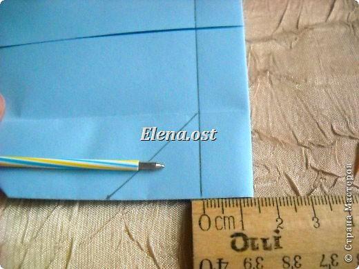 Сумочка-оригами для сладостей. Приятно дарить подарок в маленькой сумочке-бонбоньерке. Я сделала сумочку с сердцем из офисной бумаги. Формат А4. Размер сумочки 5.5Х8 см. При копировании статьи, целиком или частично, пожалуйста, указывайте активную ссылку на источник! http://stranamasterov.ru/user/9321 http://stranamasterov.ru/node/144940 фото 17