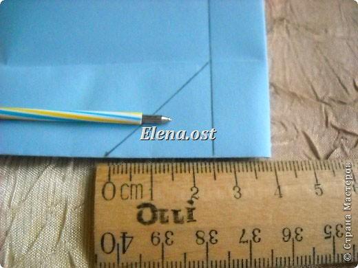 Сумочка-оригами для сладостей. Приятно дарить подарок в маленькой сумочке-бонбоньерке. Я сделала сумочку с сердцем из офисной бумаги. Формат А4. Размер сумочки 5.5Х8 см. При копировании статьи, целиком или частично, пожалуйста, указывайте активную ссылку на источник! http://stranamasterov.ru/user/9321 http://stranamasterov.ru/node/144940 фото 18