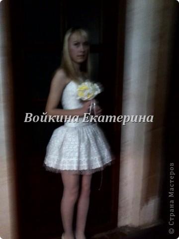 шила себе платье на 8 марта в школу.(прошу прощение за качество фоток) фото 2