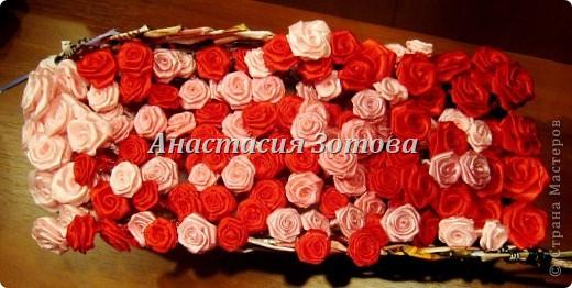 еще одна корзинка с розами фото 3