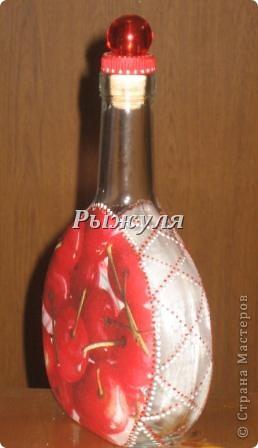Бутылочка для домашней наливочки из вишни фото 2
