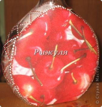 Бутылочка для домашней наливочки из вишни фото 3