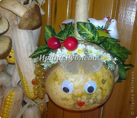 Муженёк да жёнушка. Эти сувениры-обреги  делаются из бутылочной тыквы Лагенарии. Это достаточно большие плоды, размером 35-50см. фото 19