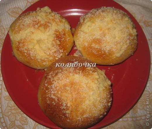Очень вкусные булочки,но ещё вкуснее посыпка,хрустящая,сладкая. фото 2