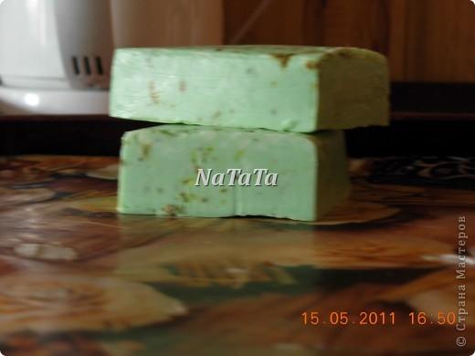 Это мыло с ароматом лаванды и сухоцветами. фото 1