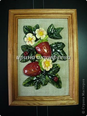 представляю свои землянички. обожаю красные ягодки и божьих коровок