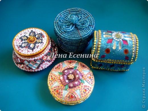 Я собираю шкатулки...  Начало коллекции смотрите здесь:  http://stranamasterov.ru/node/194403 Эта на фото - самая крошечная из всех. Такая милашка! :) Индия фото 20