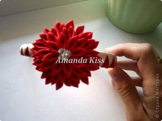 Добрый день всем кто заглянул посмотреть на мою маленькую хризантемку. В моем МК я показывал ее уже,но из широкой ленты (5см). http://stranamasterov.ru/node/196648   фото 1