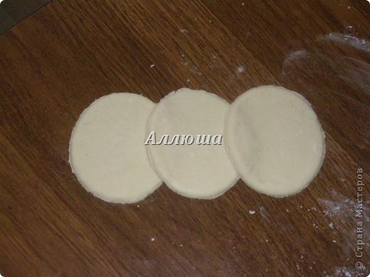 """Печенье """"Розочки"""" Данный МК сделан на основе съедобного теста. Точно так же я леплю розочки и из соленого теста. фото 3"""
