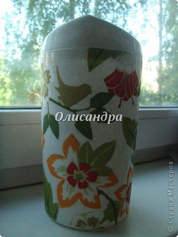 Декупажем занималась очень давно и очень недолго... Тренировалась на бутылочках... http://stranamasterov.ru/node/129248?t=722 http://stranamasterov.ru/node/130272?t=722 ... и ,даже, кажется, получалось... фото 8