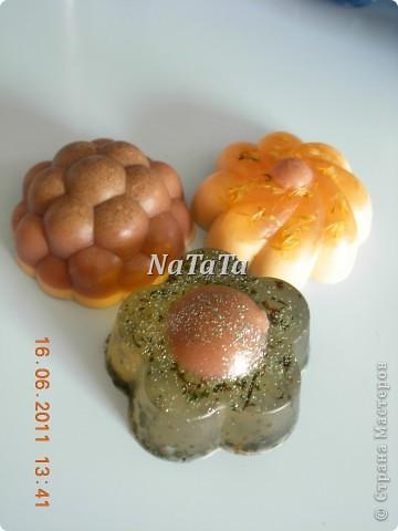 Мыло на отваре листьев крапивы.Аромат жасмина. фото 4