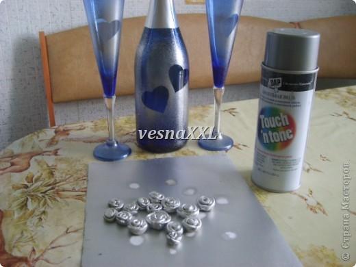 Вот мои первенцы, очень мне понравилось декорировать бокалы и бутылочку! фото 2
