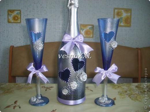 Вот мои первенцы, очень мне понравилось декорировать бокалы и бутылочку! фото 7