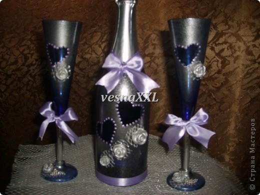 Вот мои первенцы, очень мне понравилось декорировать бокалы и бутылочку! фото 1