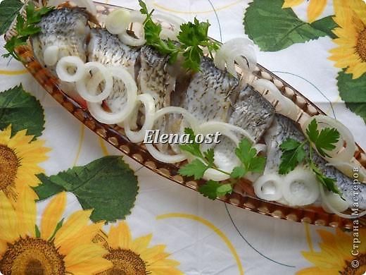 """Саламур или рыба маринованная. Еще можно назвать """"селедочка по-домашнему"""". Мой любимый рецепт приготовления рыбы. Рыбку можно брать любую. Особенно хороши: карп, карась, тарань, окунь, щука, судак.  фото 5"""