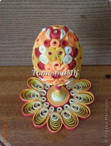 1. Вот такое пасхальное яйцо с подставочкой я сделала к этому светлому празднику! фото 3