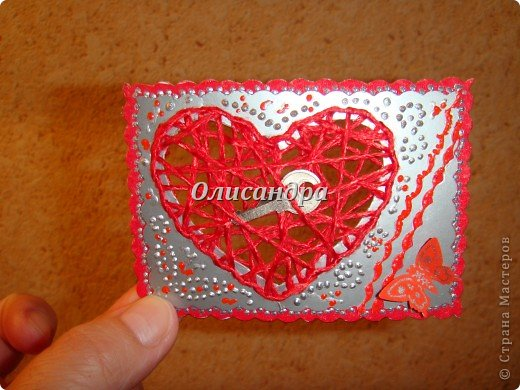 """Наверно, АТСки надо либо делать, либо не делать...Сделала мини-серию """"Ассоль"""" и захотелось сделать что-то еще... Эту идею я вынашивала очень давно, но конкретики...как и из чего не было...  Зато, я знала...для кого... Карточка №1 для меня ( не буду отступать от традиции...оставлять себе карточку из каждой серии)...  Карточка №2 или №3  предназначена для Юлечки Л.  Именно, благодаря ей, я узнала, что такое АТС... Кроме того я являюсь поклонницей ее таланта... Юлечка! Выбери ,пожалуйста ! Хотя, все они очень похожи... Теперь ты поняла, что меня поразило, когда я увидела твою открытку? Третья карточка тоже предназначена в подарок... Пусть это будет сюрпризом! ************************************************** Очень хочется подарить """"ключик от сердца"""" еще многим девочкам, с которыми мы менялись и подружились благодаря АТС, но у меня было только три ключика...     фото 5"""