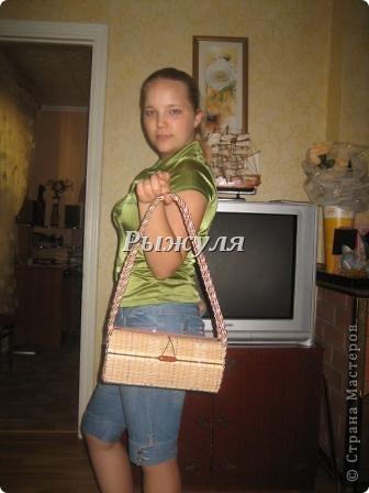 Увидела у Л. Надточиевой сумочку из салфеток и решили с дочкой тоже сделать и сделали! фото 4