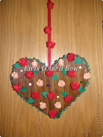 Картина панно рисунок Плетение Плетеное сердце из газетных трубочек Бумага Бумага газетная Бусины фото 10