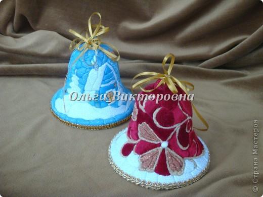 Рождественские колокольчики (из ткани и пенопласта) фото 1