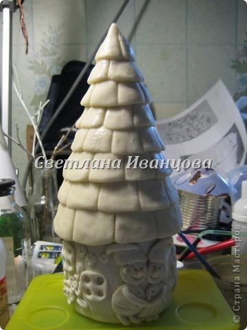 Здравствуйте все! Сегодня по Вашим просьбам делаем домик из солёного теста. Я замешивала тесто по рецепту Инны    http://stranamasterov.ru/node/87113  Спасибо, очень нравится! фото 29
