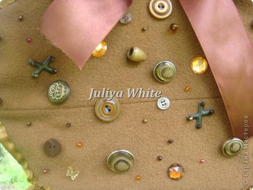 Сумка вышитая атласными лентами и декорирована пуговицами) фото 3