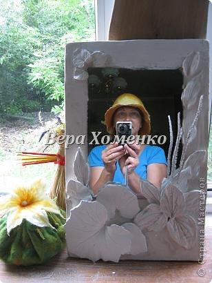 Очень вдохновили меня листочки Alevtinushka. Благодаря этому возникла идея оформить дачное зеркало гипсовыми листьями. фото 1