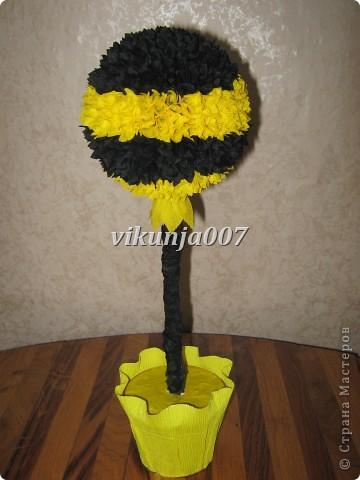 Деревце - пчелка