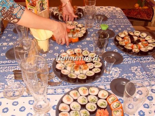 Мои первые роллы( начинка- помидоры, огурцы, грибы, синенькие, перец болгарский) фото 3