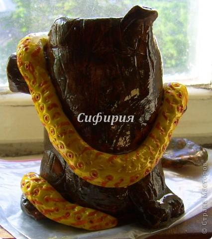 Змея на пне (из банки) фото 2